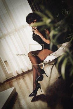 Chiara Martini Luxury Escort - Foto 06